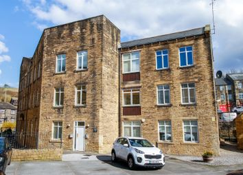 Thumbnail 1 bed flat to rent in Jesmond Square, Farsley, Pudsey