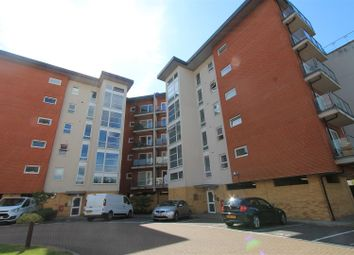 Thumbnail 2 bed flat for sale in Clarkson Court, Hatfield