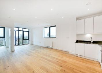 Thumbnail 2 bedroom flat to rent in Bridge Road, Kt