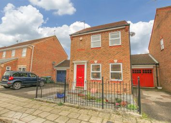 3 bed detached house for sale in Sandhill Way, Aylesbury HP19