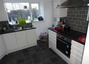 Thumbnail 6 bed property to rent in St. Helens Road, Swansea