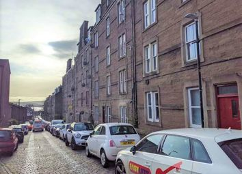 3 bed flat to rent in Step Row, Dundee DD2