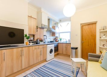 Thumbnail 2 bed flat to rent in Park Road, North Kingston