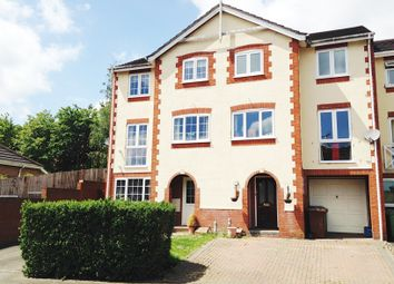 Thumbnail 3 bed town house for sale in Oakfield Close, Potters Bar