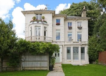 3 bed flat for sale in Park Road, Southborough, Tunbridge Wells TN4