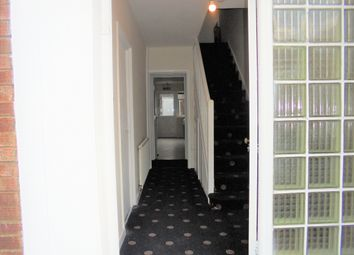 Thumbnail 9 bed shared accommodation to rent in Amberley Close, London