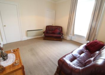 1 bed flat to rent in Summerfield Terrace, Second Floor AB24