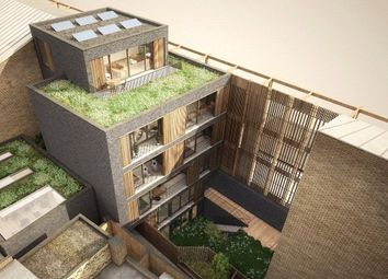 2 bed maisonette for sale in Hoxton Street, London N1