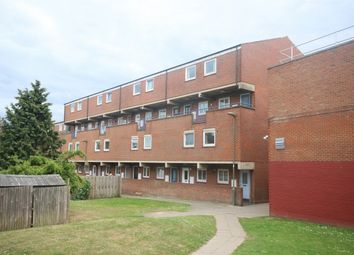 2 bed maisonette for sale in Thornburry, Prince Of Wales, London NW4