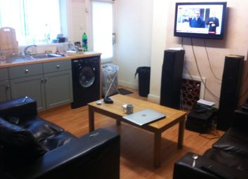 Thumbnail 4 bed terraced house to rent in Dog Kennel Bank, Huddersfield