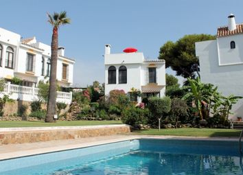 Thumbnail 3 bed villa for sale in Calahonda, Granada, Spain