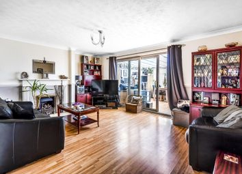 3 bed end terrace house for sale in Pegasus Road, Oxford OX4