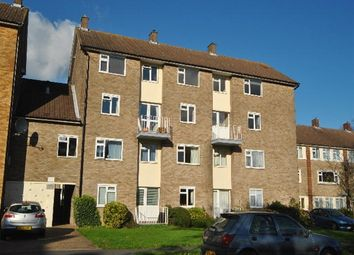 Thumbnail 2 bedroom flat to rent in The Ridgeway, St.Albans