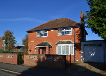 Thumbnail 3 bed detached house to rent in Long Lane, Farndon, Newark