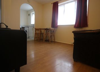 Thumbnail 1 bed property to rent in Wigston Close, London