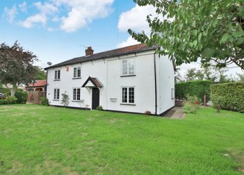 4 bed detached house for sale in Middle Road, Great Plumstead, Norwich NR13