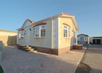 Thumbnail 2 bed mobile/park home for sale in Gracelands Park, Lyndhurst Road, Highcliffe, Christchurch