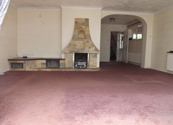 Thumbnail 4 bed flat to rent in Cotton End Road, Wilstead, Bedford