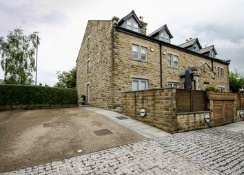 Thumbnail 4 bed town house for sale in Darwen Road, Bromley Cross, Bolton