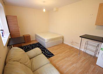 Thumbnail Studio to rent in Abbots Road, Edgware