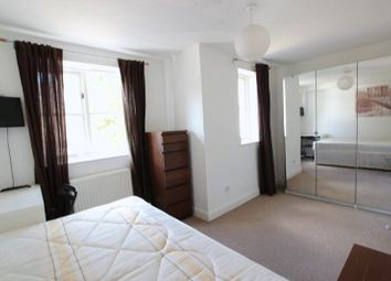 Thumbnail Room to rent in Mast House Terrace, London