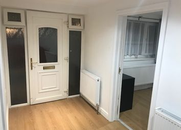 Thumbnail 1 bed flat to rent in Salt Hill Avenue, Slough