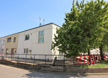 Thumbnail 2 bed flat for sale in Roodegate, Basildon