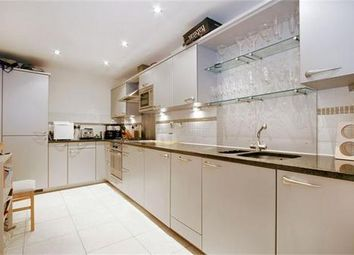 Thumbnail 1 bed flat for sale in Courtyard Apartments, Goswell Road, Islington, London