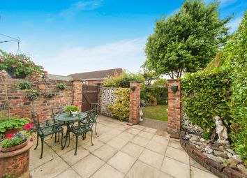 Thumbnail 5 bedroom town house for sale in Norwood, Beverley