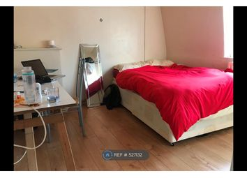 Thumbnail Room to rent in Brune House, London