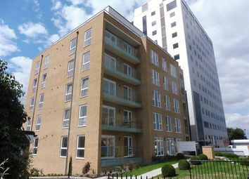 Thumbnail 3 bed flat to rent in High Banks, Southchurch Avenue, Southend On Sea
