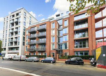 Thumbnail 2 bed flat to rent in Montpellier House, Glenthorne Road, Hammersmith