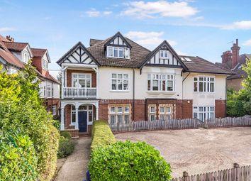 Calverley, 53 Warwick Park, Tunbridge Wells TN2. 2 bed flat