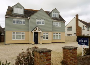 Thumbnail 2 bed flat to rent in Sea Road, Milford On Sea, Lymington