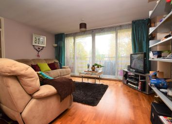 Thumbnail 2 bed flat for sale in Charwood, London
