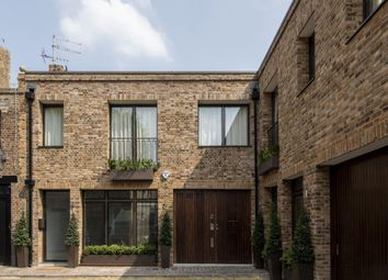 1 bed maisonette for sale in Westbourne Grove Mews, London W11