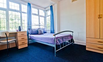 Thumbnail 3 bed flat to rent in Otley Road, Leeds