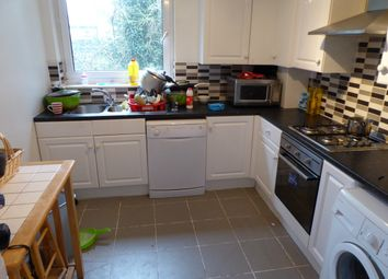 Thumbnail 3 bed flat to rent in Gordon Road, London