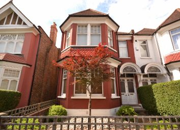 Thumbnail 2 bed flat for sale in Princes Avenue, Finchley, London