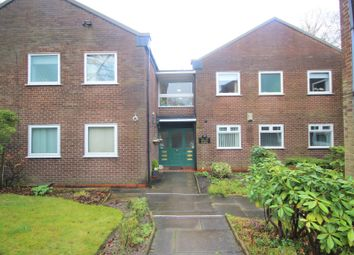 2 bed flat for sale in Roe Green Avenue, Worsley, Manchester M28
