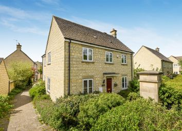 4 bed detached house for sale in Harvest Way, Witney OX28