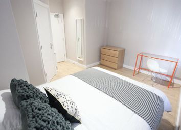 Thumbnail 6 bed flat to rent in Kempston Street, Liverpool (All Rooms En-Suite, Available 2019/20 Academic Year)