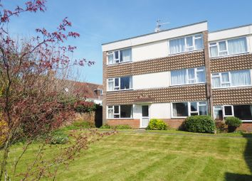 Thumbnail 2 bed flat for sale in Winton Road, Petersfield