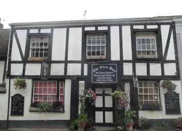 Thumbnail Pub/bar for sale in Bow, Crediton
