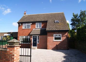 Thumbnail 4 bed detached house to rent in Leeds Road, Ossett