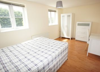Potterswood, Kingswood, Bristol BS15. Room to rent