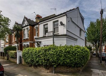 Thumbnail 1 bed flat for sale in Temple Road, London