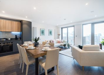 3 bed flat for sale in Royal Docks West, Western Gateway, Canning Town E16