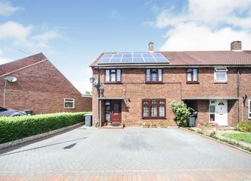 4 bed end terrace house for sale in Northdrift Way, Luton LU1