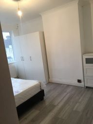 Thumbnail 2 bed flat to rent in Temple Avenue, London